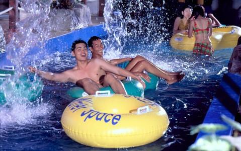 墾丁福華大飯店-水世界室內水上樂園《成人優惠票券X2》