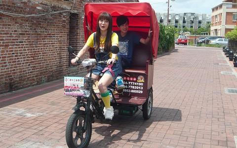彰化-鹿港三輪車觀光導覽《150分鐘優惠方案》-預約